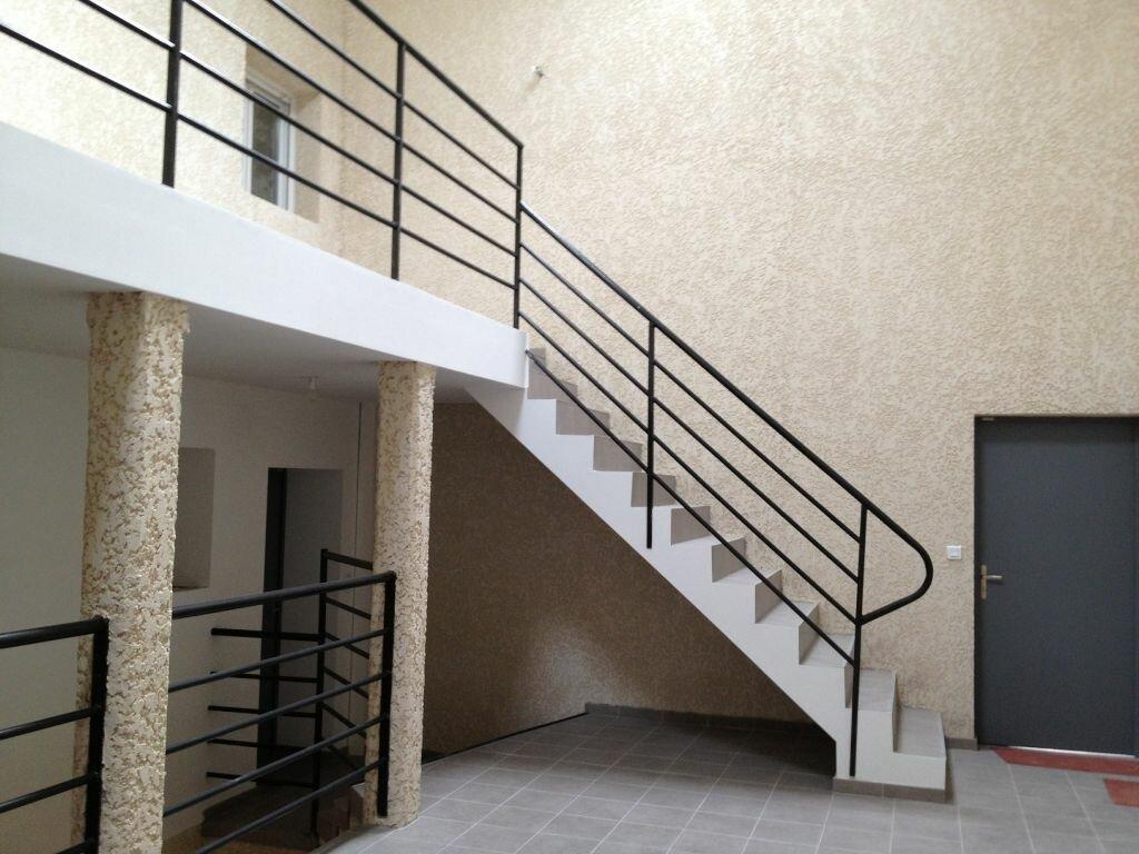 Appartement à louer 4 74m2 à Clérey-sur-Brenon vignette-6