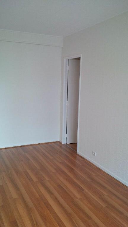 Appartement à louer 3 73m2 à Nancy vignette-11