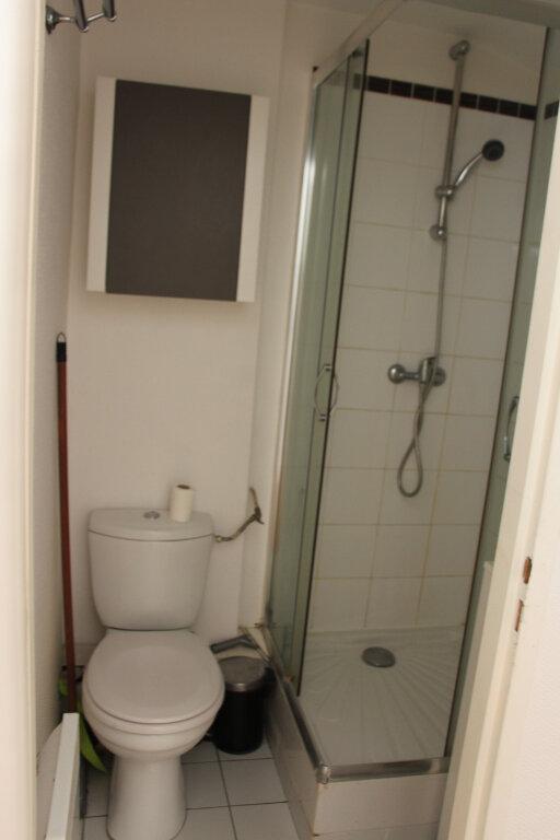 Appartement à louer 2 28.05m2 à Nancy vignette-5