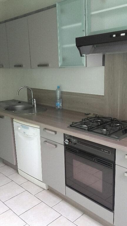Appartement à louer 3 75m2 à Villers-lès-Nancy vignette-1