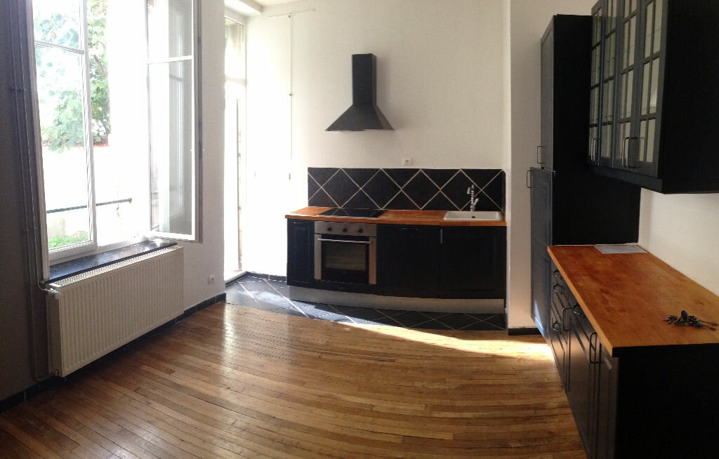 Appartement à louer 3 67m2 à Nancy vignette-2