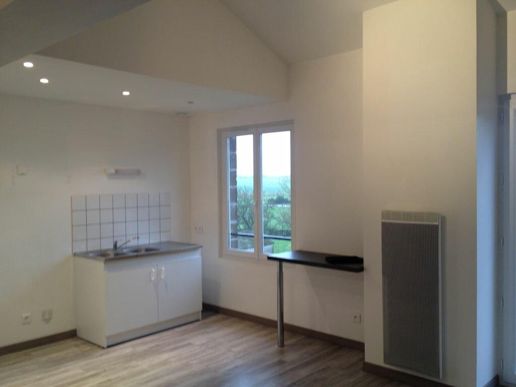 Appartement à louer 2 60m2 à Clérey-sur-Brenon vignette-1