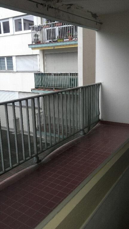 Appartement à louer 2 51.68m2 à Nancy vignette-2