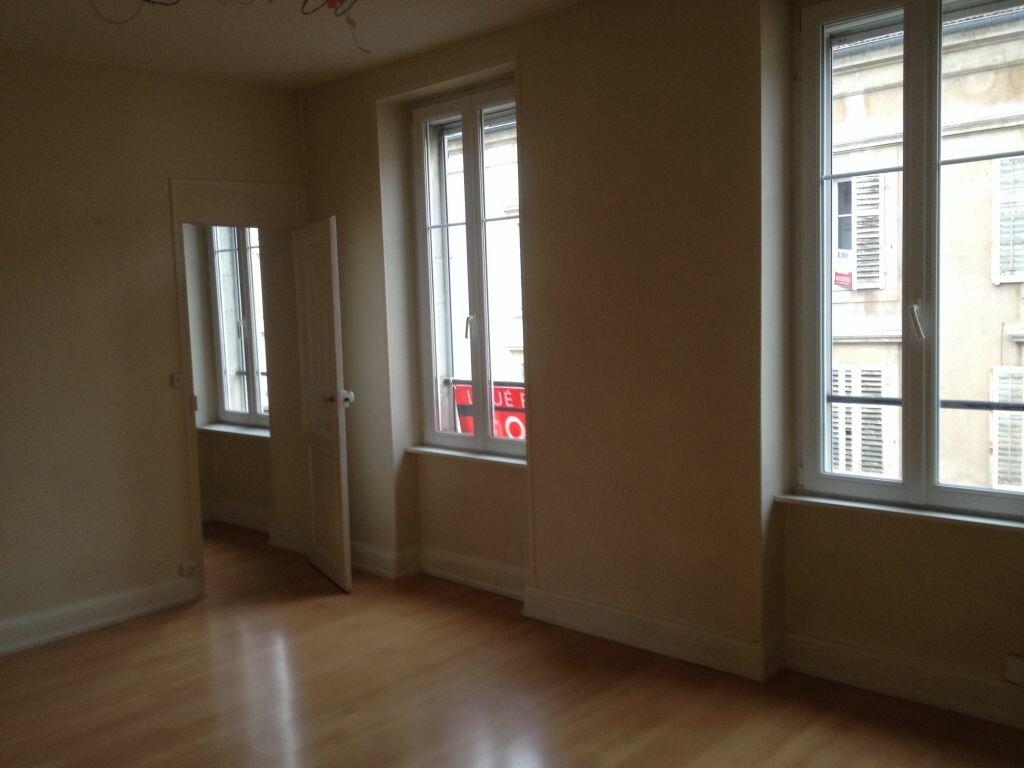 Appartement à louer 3 53m2 à Nancy vignette-2