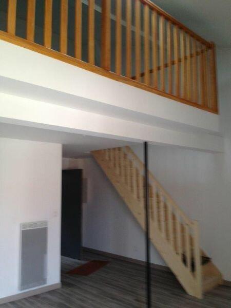 Appartement à louer 2 48m2 à Clérey-sur-Brenon vignette-2