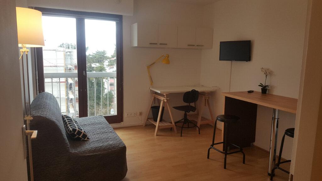 Appartement à louer 1 22.55m2 à Vandoeuvre-lès-Nancy vignette-1