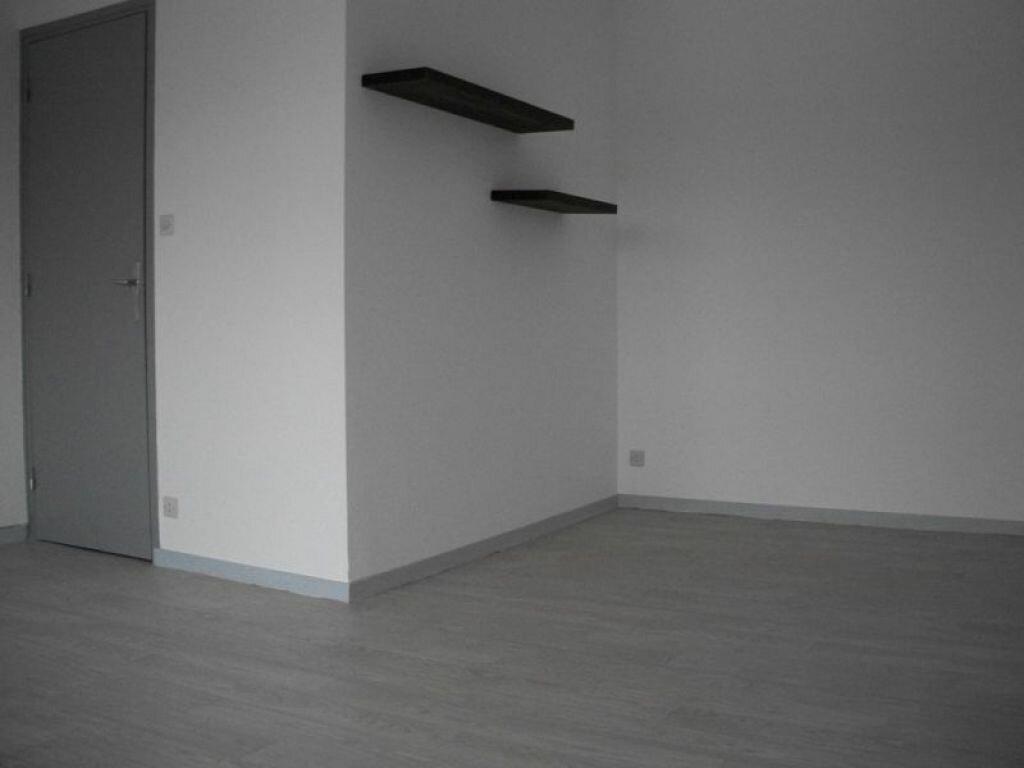 Appartement à louer 1 29m2 à Nancy vignette-3