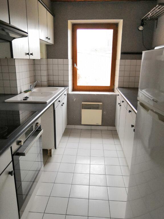 Appartement à louer 3 52.59m2 à Nancy vignette-3