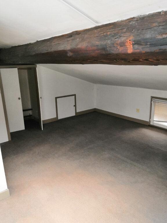 Appartement à louer 3 52.59m2 à Nancy vignette-5