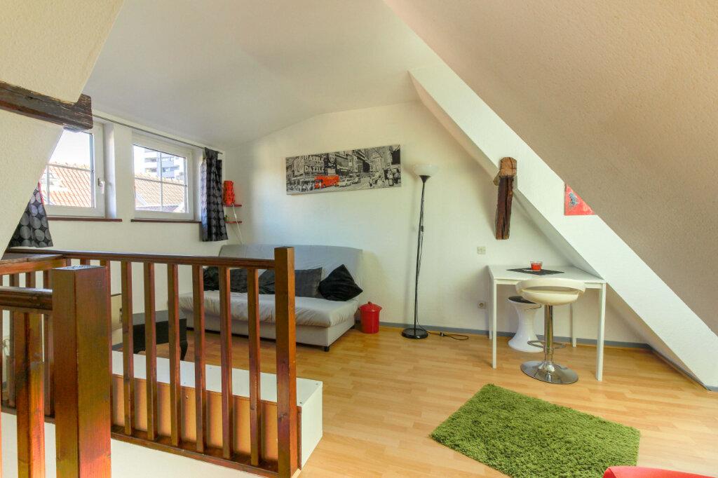Appartement à louer 1 29m2 à Schiltigheim vignette-1