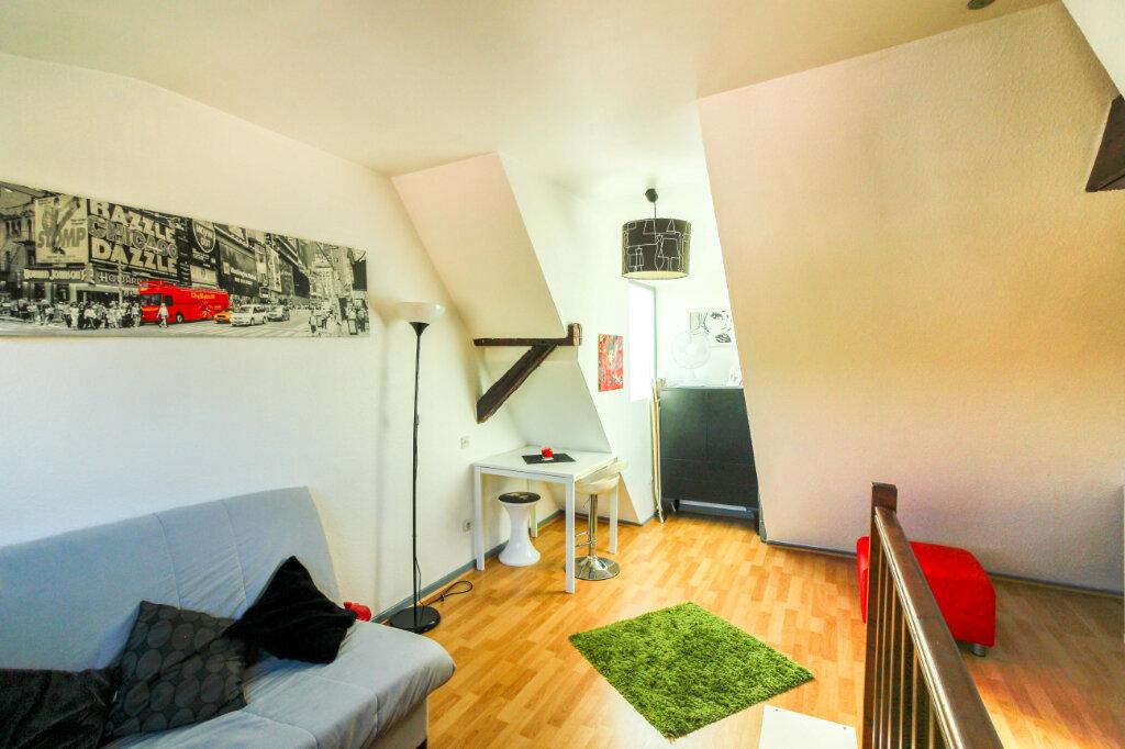 Appartement à louer 1 29m2 à Schiltigheim vignette-2