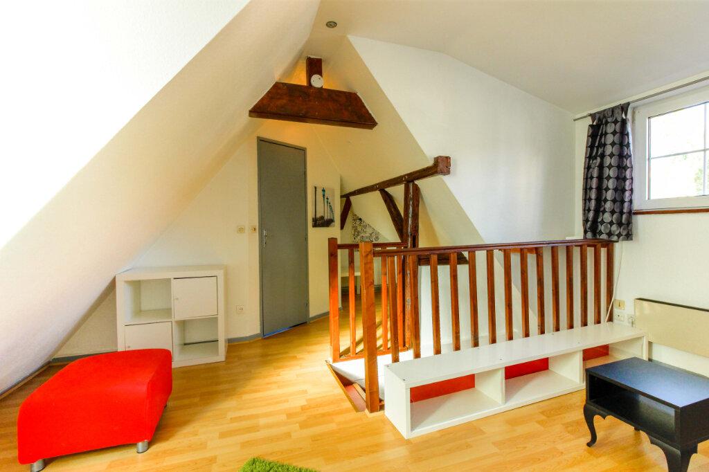 Appartement à louer 1 29m2 à Schiltigheim vignette-3