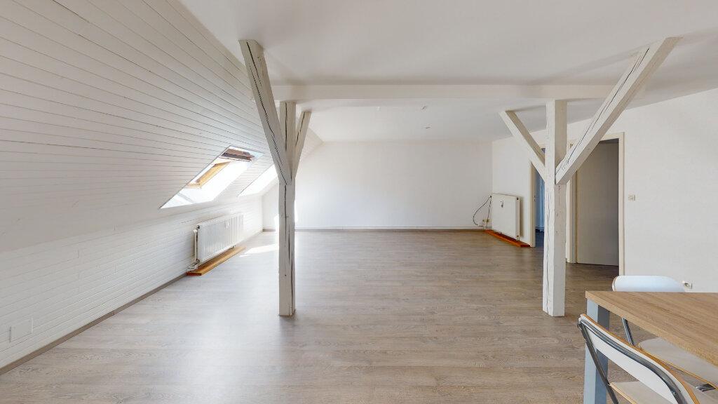Appartement à louer 3 92.67m2 à Strasbourg vignette-1