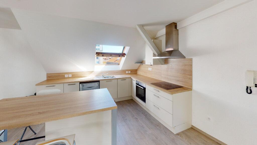 Appartement à louer 3 92.67m2 à Strasbourg vignette-3