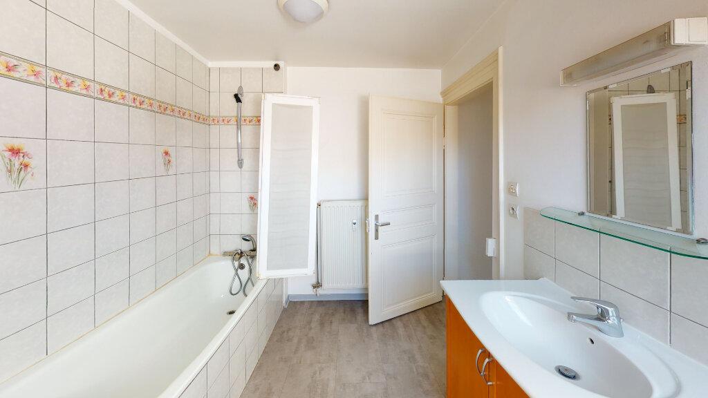 Appartement à louer 3 92.67m2 à Strasbourg vignette-4