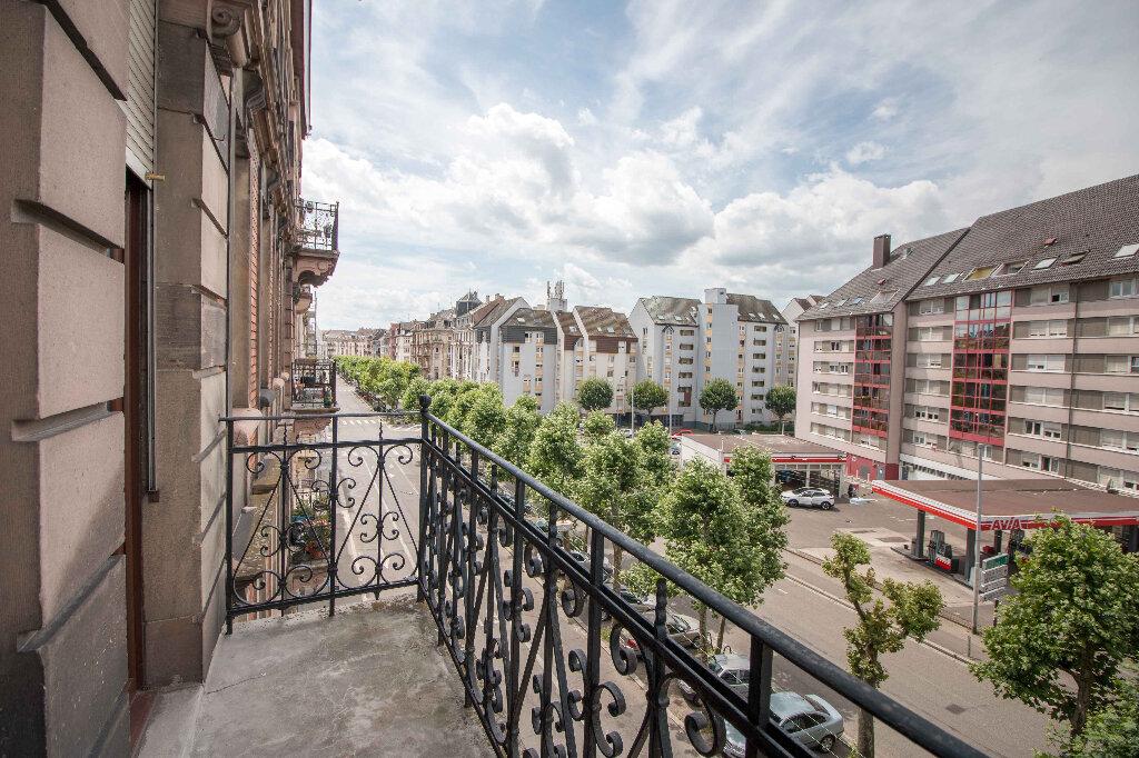 Appartement à louer 3 93m2 à Strasbourg vignette-1