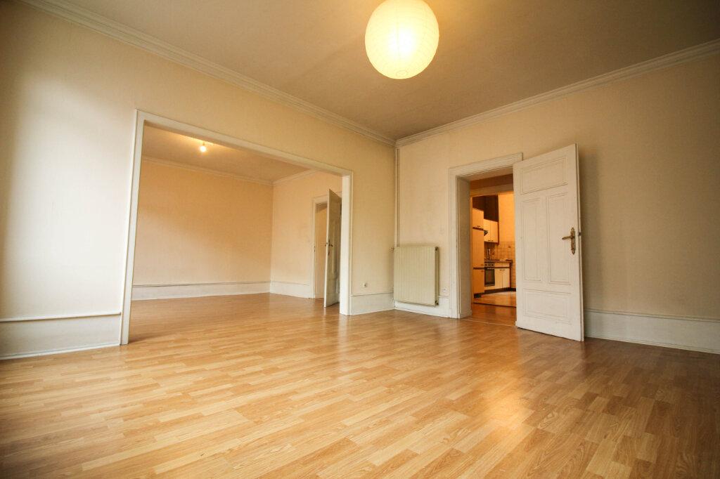 Appartement à louer 3 93m2 à Strasbourg vignette-2