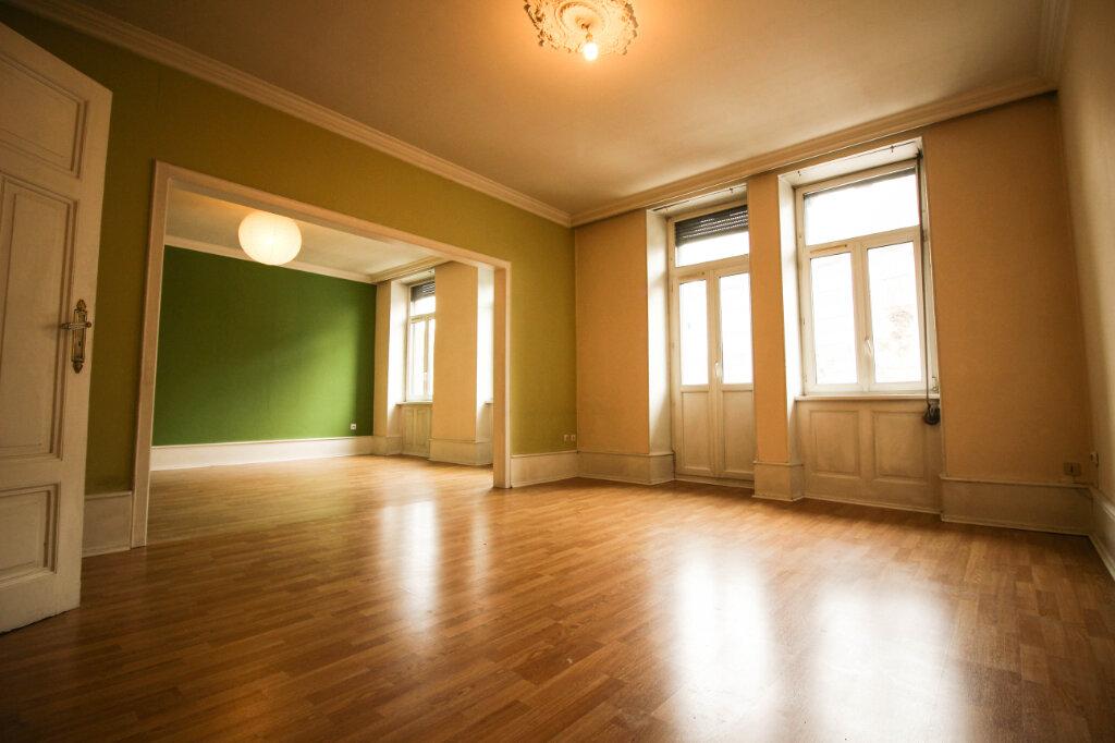 Appartement à louer 3 93m2 à Strasbourg vignette-3