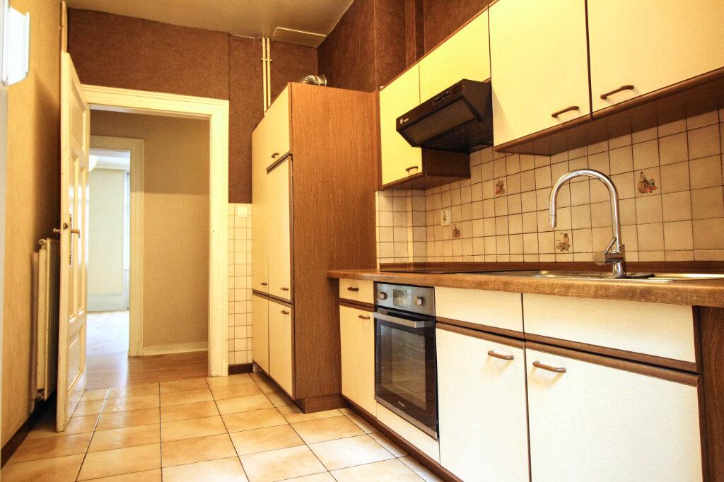 Appartement à louer 3 93m2 à Strasbourg vignette-6