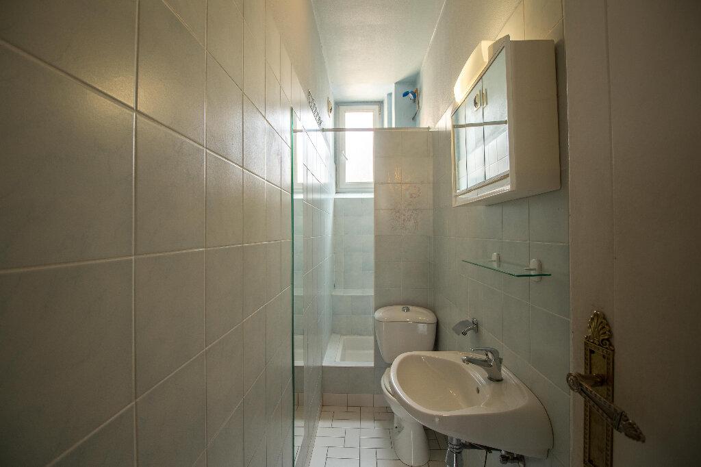 Appartement à louer 3 93m2 à Strasbourg vignette-7