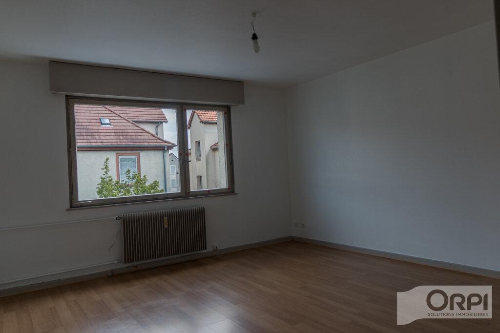 Appartement à louer 1 25m2 à Schiltigheim vignette-1