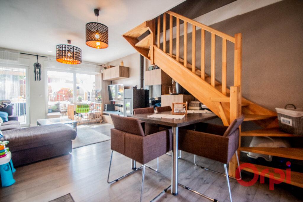 Appartement à vendre 3 65m2 à Strasbourg vignette-2