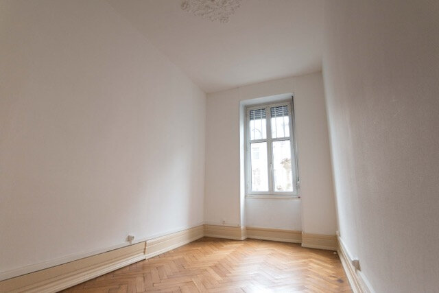 Appartement à louer 4 88m2 à Strasbourg vignette-2