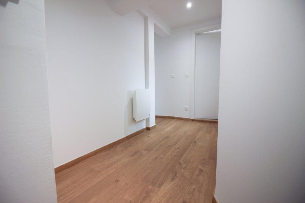 Appartement à louer 2 38m2 à Strasbourg vignette-6