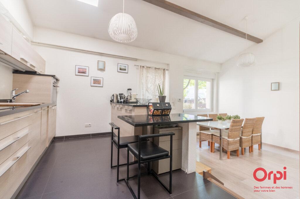 Appartement à vendre 3 76.32m2 à Schiltigheim vignette-4