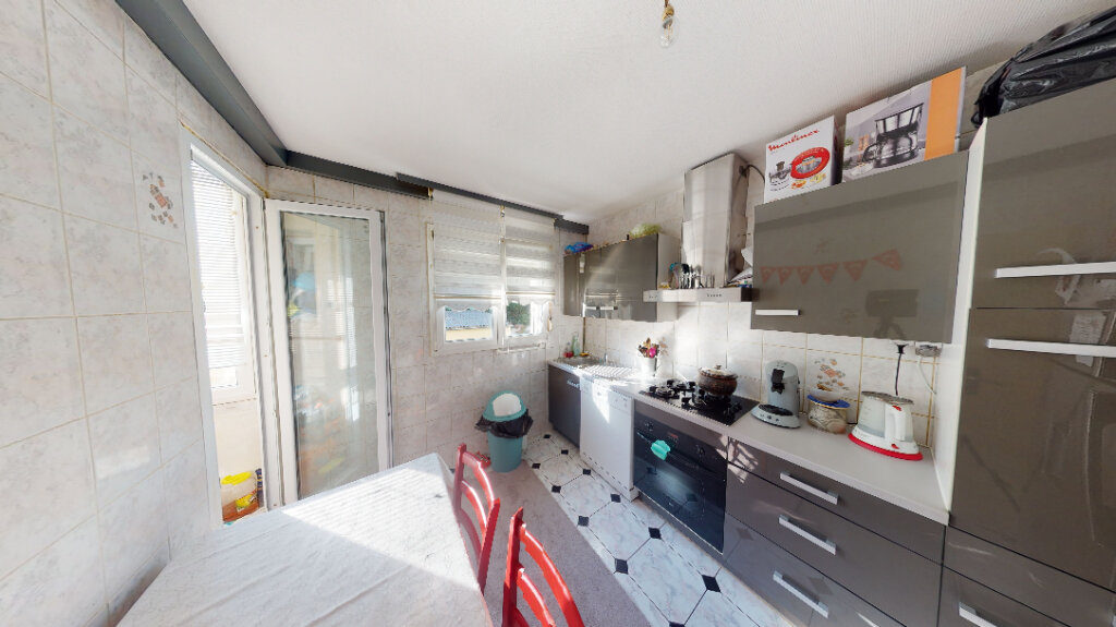 Appartement à vendre 3 62m2 à Strasbourg vignette-2