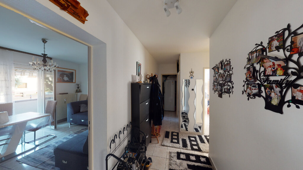 Appartement à vendre 3 62m2 à Strasbourg vignette-3