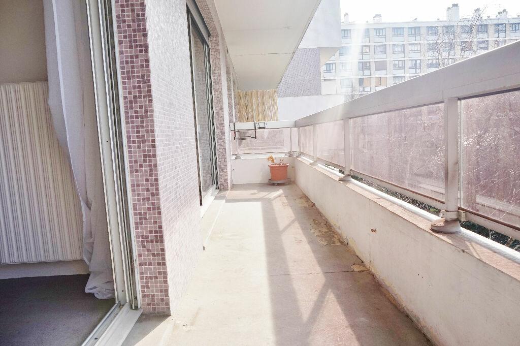 Appartement à louer 2 45m2 à Paris 15 vignette-3