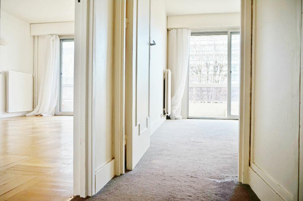 Appartement à louer 2 45m2 à Paris 15 vignette-9