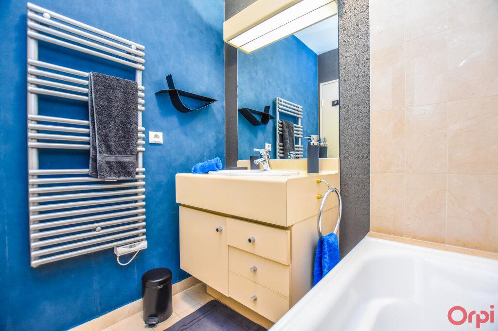 Appartement à louer 2 72m2 à Paris 15 vignette-5