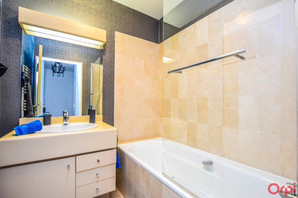 Appartement à louer 2 72m2 à Paris 15 vignette-7