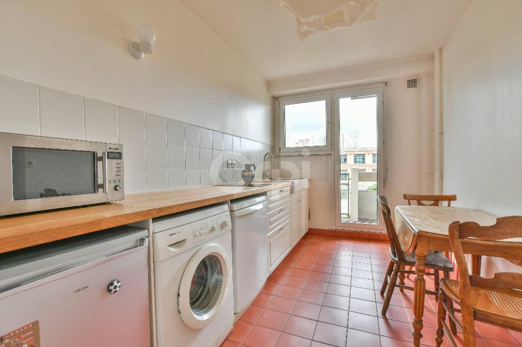 Appartement à louer 1 43m2 à Paris 15 vignette-3