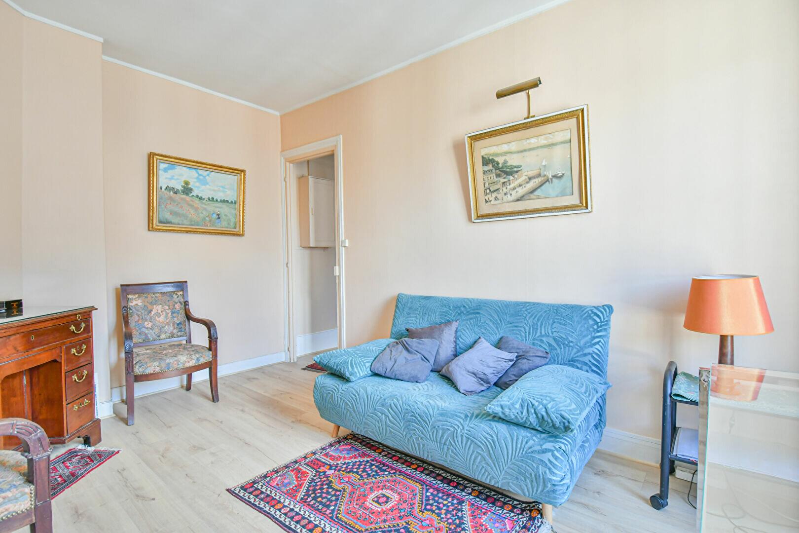Appartement à louer 2 30.25m2 à Paris 7 vignette-3