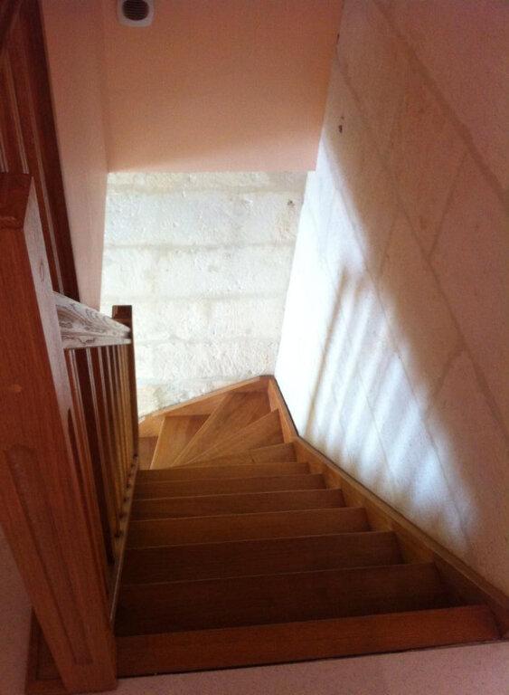 Maison à louer 5 90m2 à Saint-Porchaire vignette-5