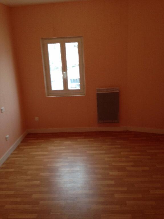 Maison à louer 5 90m2 à Saint-Porchaire vignette-7