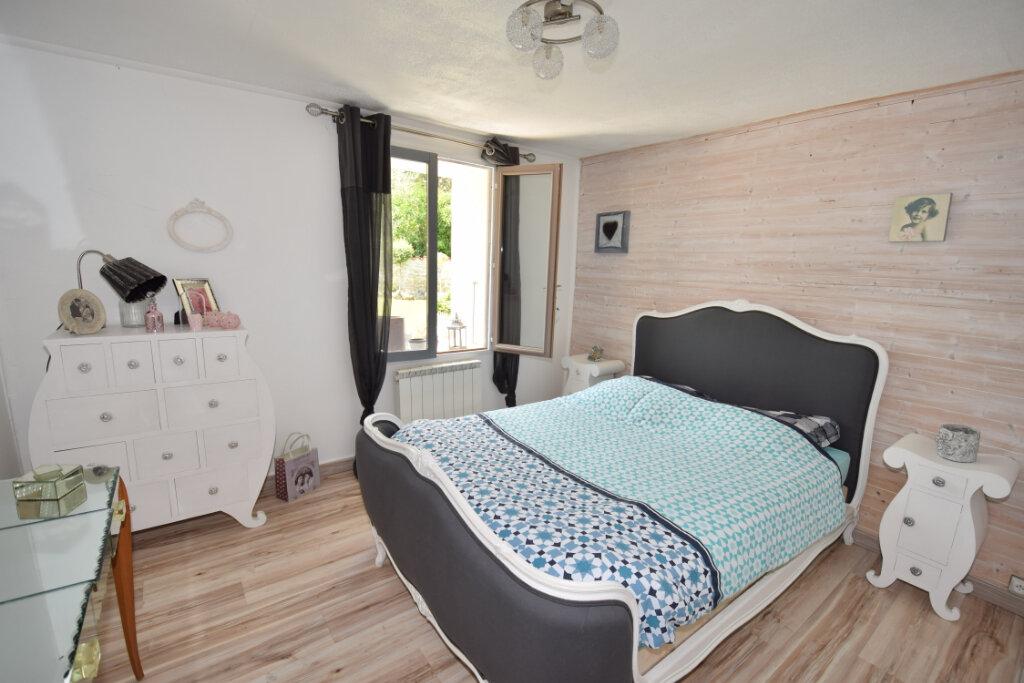Maison à vendre 8 215m2 à Soulignonne vignette-5
