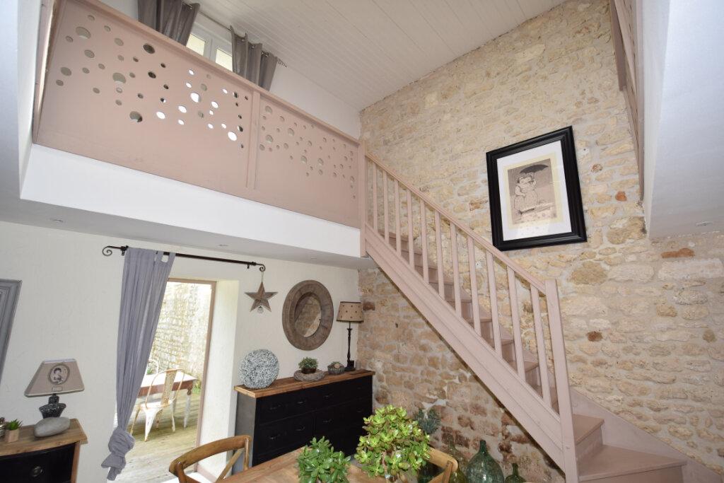 Maison à vendre 8 215m2 à Soulignonne vignette-6