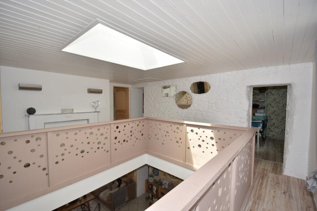 Maison à vendre 8 215m2 à Soulignonne vignette-7