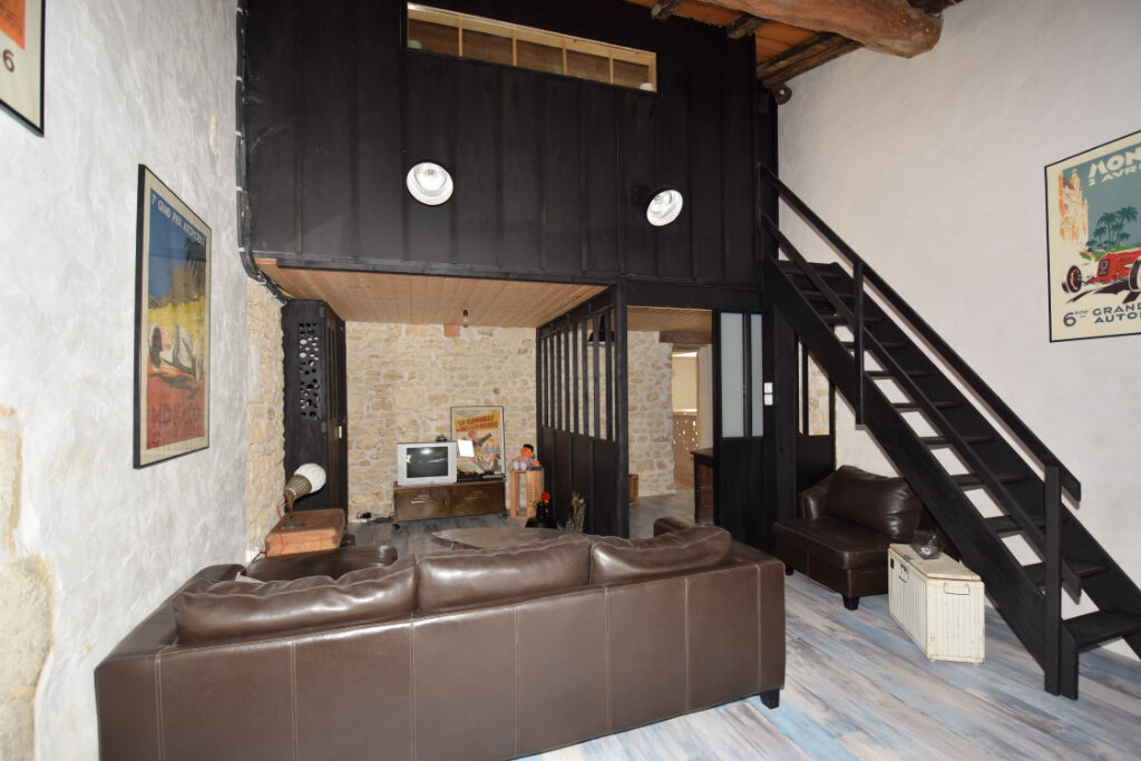 Maison à vendre 8 215m2 à Soulignonne vignette-13
