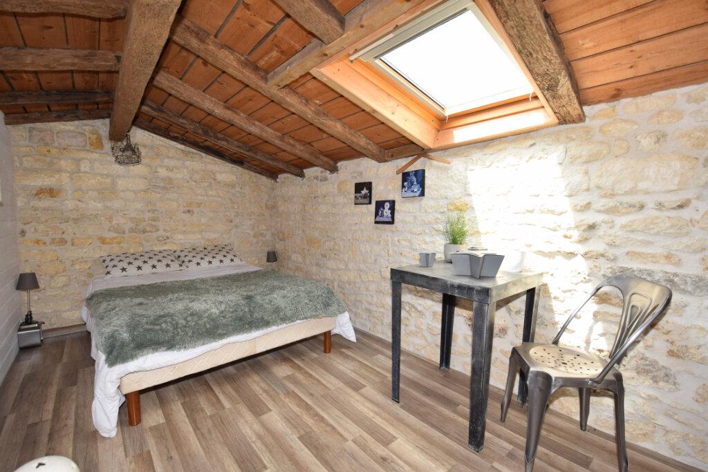 Maison à vendre 8 215m2 à Soulignonne vignette-14