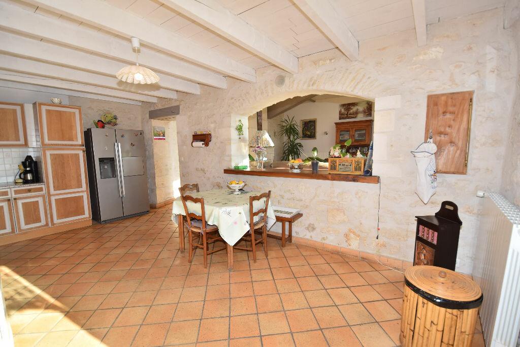 Maison à vendre 10 295m2 à Beurlay vignette-6