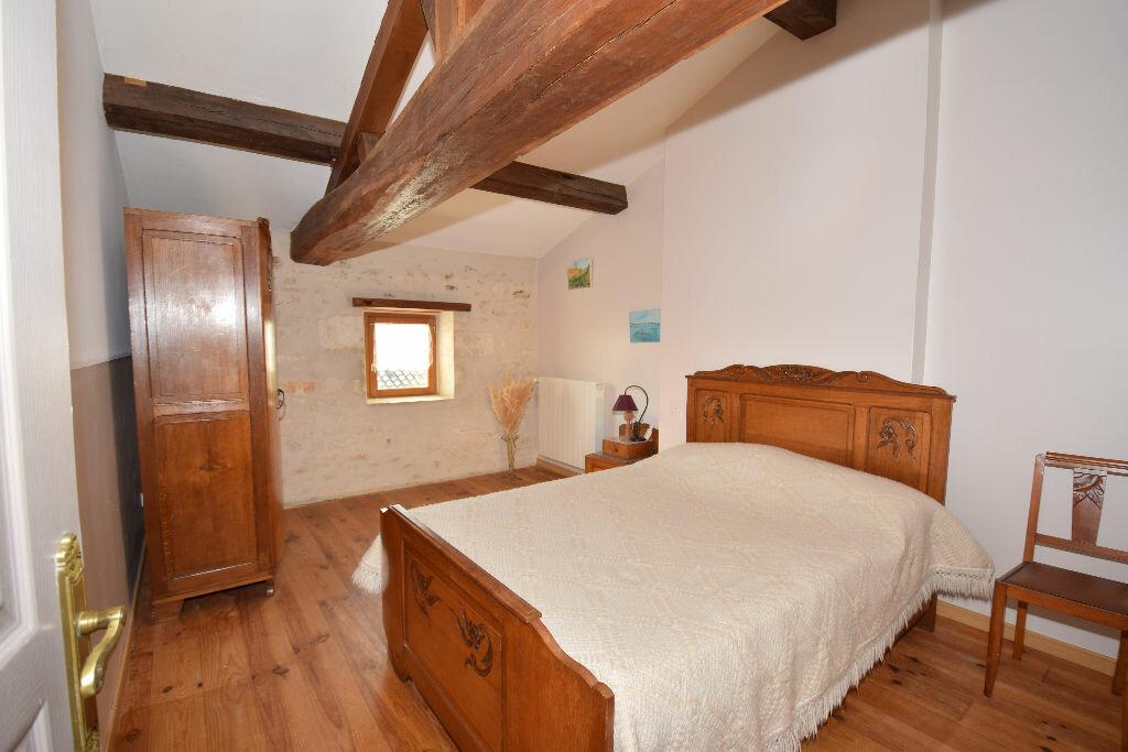 Maison à vendre 10 295m2 à Beurlay vignette-12