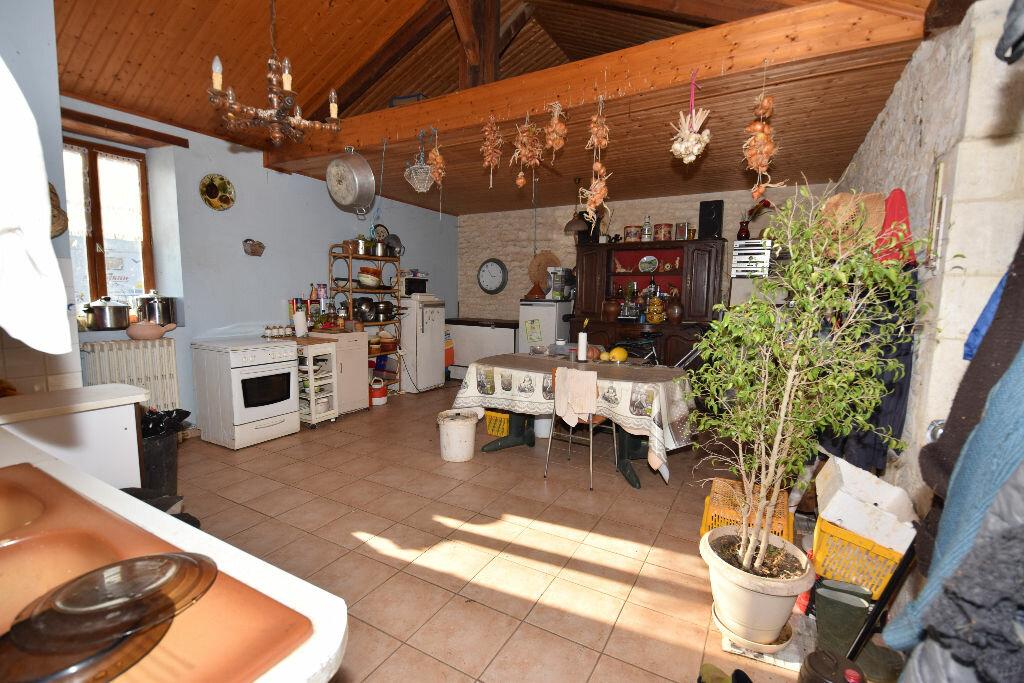 Maison à vendre 10 295m2 à Beurlay vignette-15
