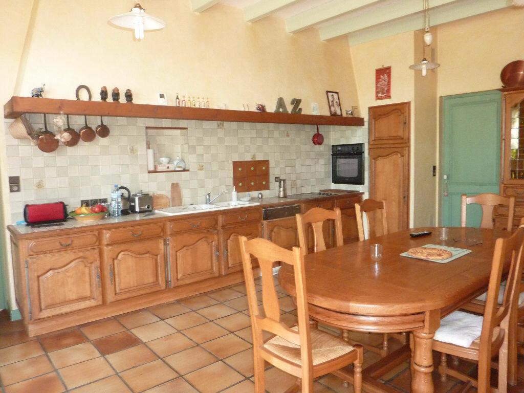 Maison à vendre 7 268m2 à Puy-du-Lac vignette-6