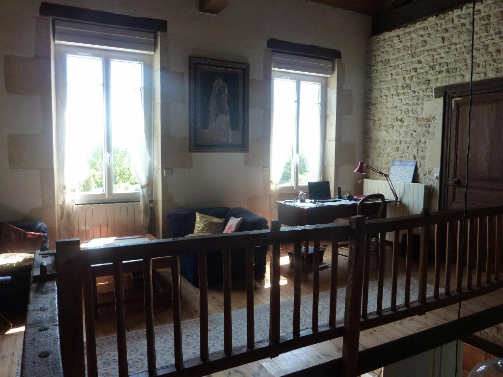 Maison à vendre 7 268m2 à Puy-du-Lac vignette-14