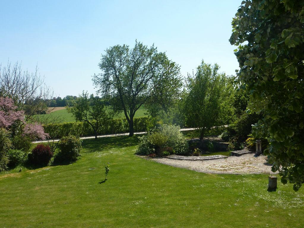 Maison à vendre 7 268m2 à Puy-du-Lac vignette-18